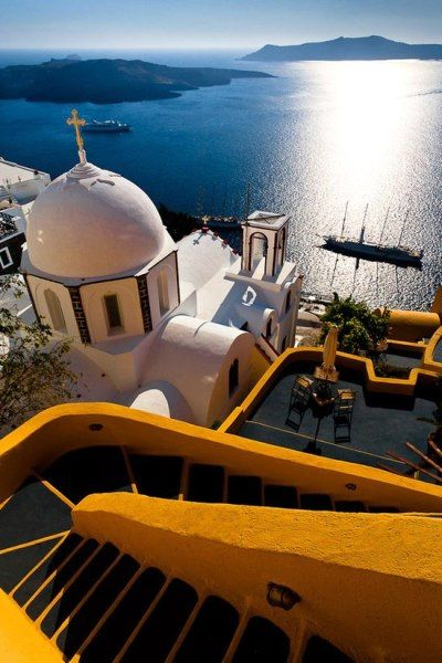 Santorini Stairs View on http://WorldWideGreeks.com