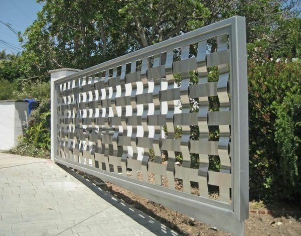 Stainless Steel Fence For A Chic Exterior Design Decor10 Blog Steel Fence Panels Steel Fence Fence Panels