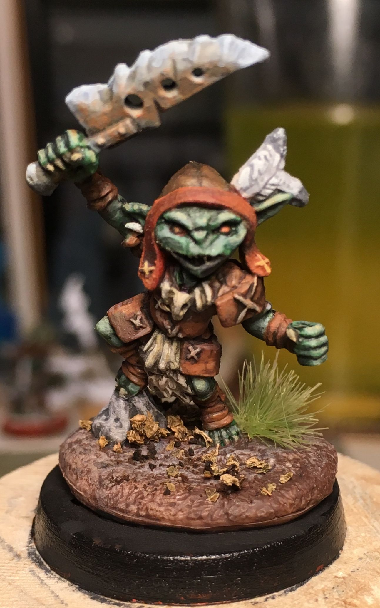 Pathfinder Goblin Warrior From Reaper Bones Painted By Jd Wiker Dragon Miniatures Dnd Miniatures Mini Paintings