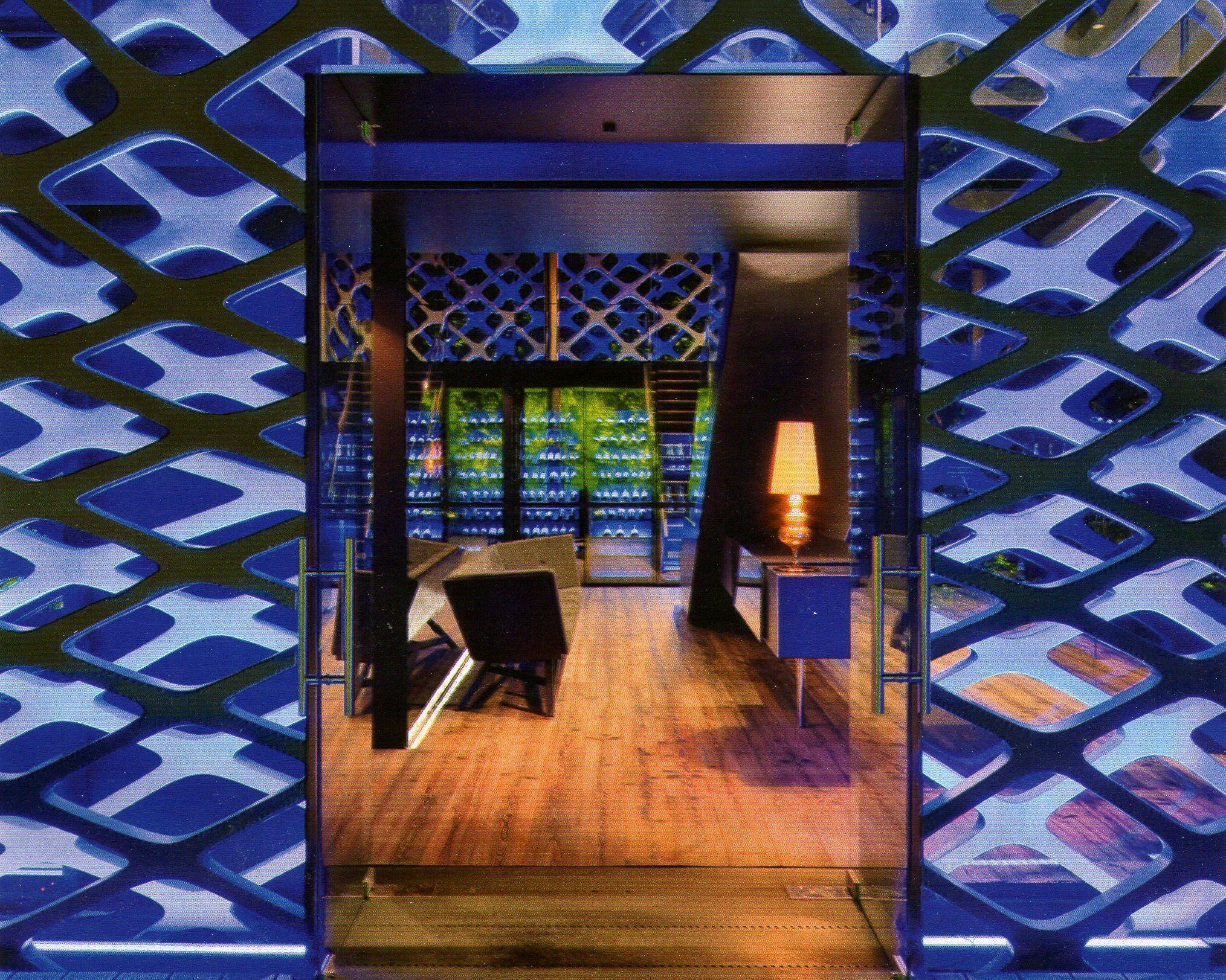 Restaurante japonês Tori Tori, na Cidade do México - Foto tirada da Revista Arquitetura & Construção, edição de Maio/2012.