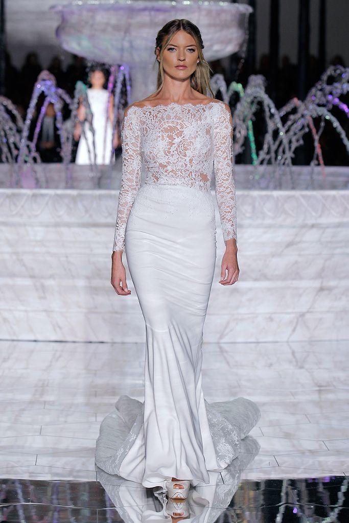 Pronovias | NOIVAS E PENTEADOS | Pinterest | Wedding dress and Weddings