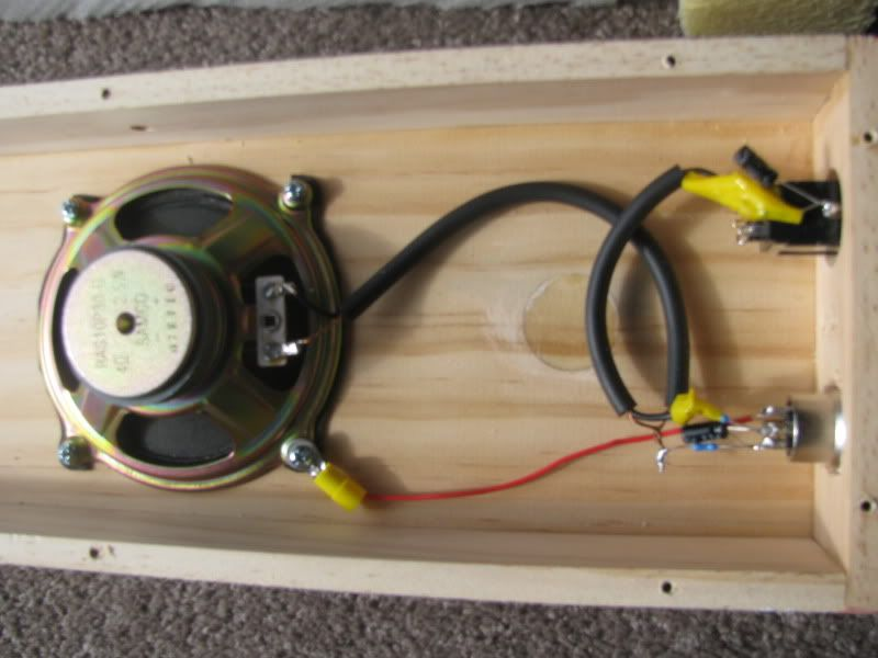 simple passive stomp box wiring showing a basic rc low pass filter  a  typical 4