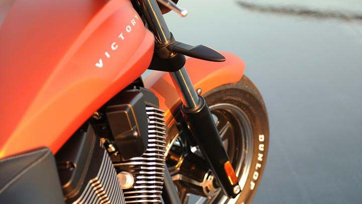 2013 Victory Judge Muscle Bike Shows Awesome Grit