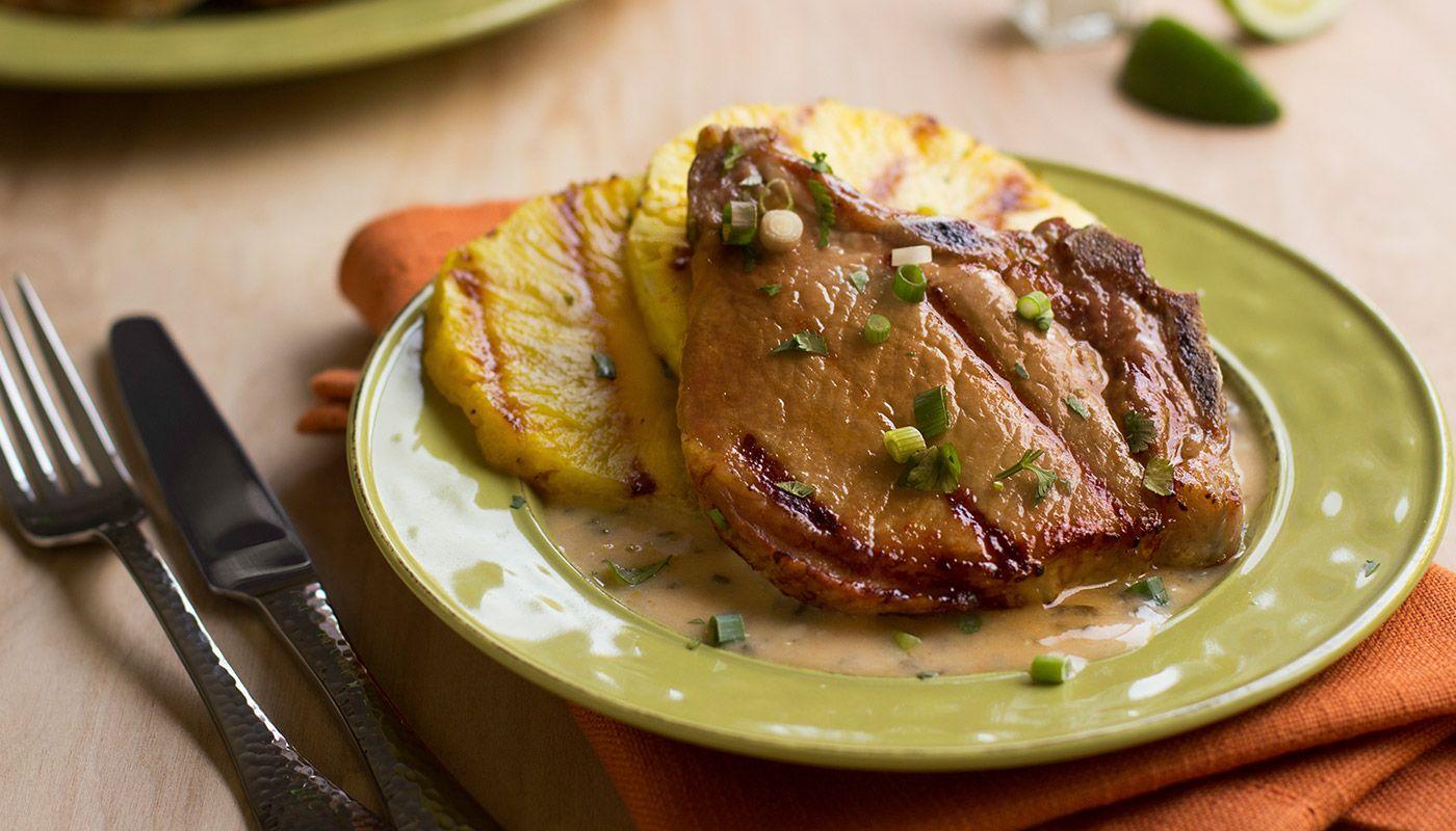 Chuletas De Cerdo En Salsa De Piña Colada Pork Es Sabor Pork Chops Butterfly Pork Chop Recipes Pork Recipes