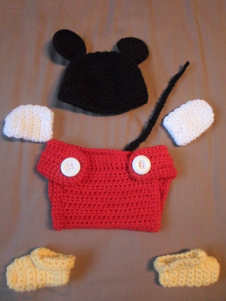 Adorable! ~ Mickey Baby Set Crochet - Tutorial | Crafty Things I\'ll ...