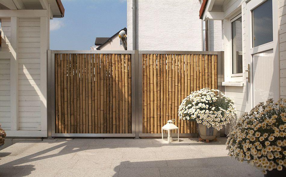 Bambussichtschutz im Edelstahlrahmen auf Maß. Elegant und