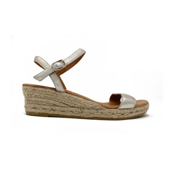 a01d8d7746f Moli Low Wedge Gold Espadrilles