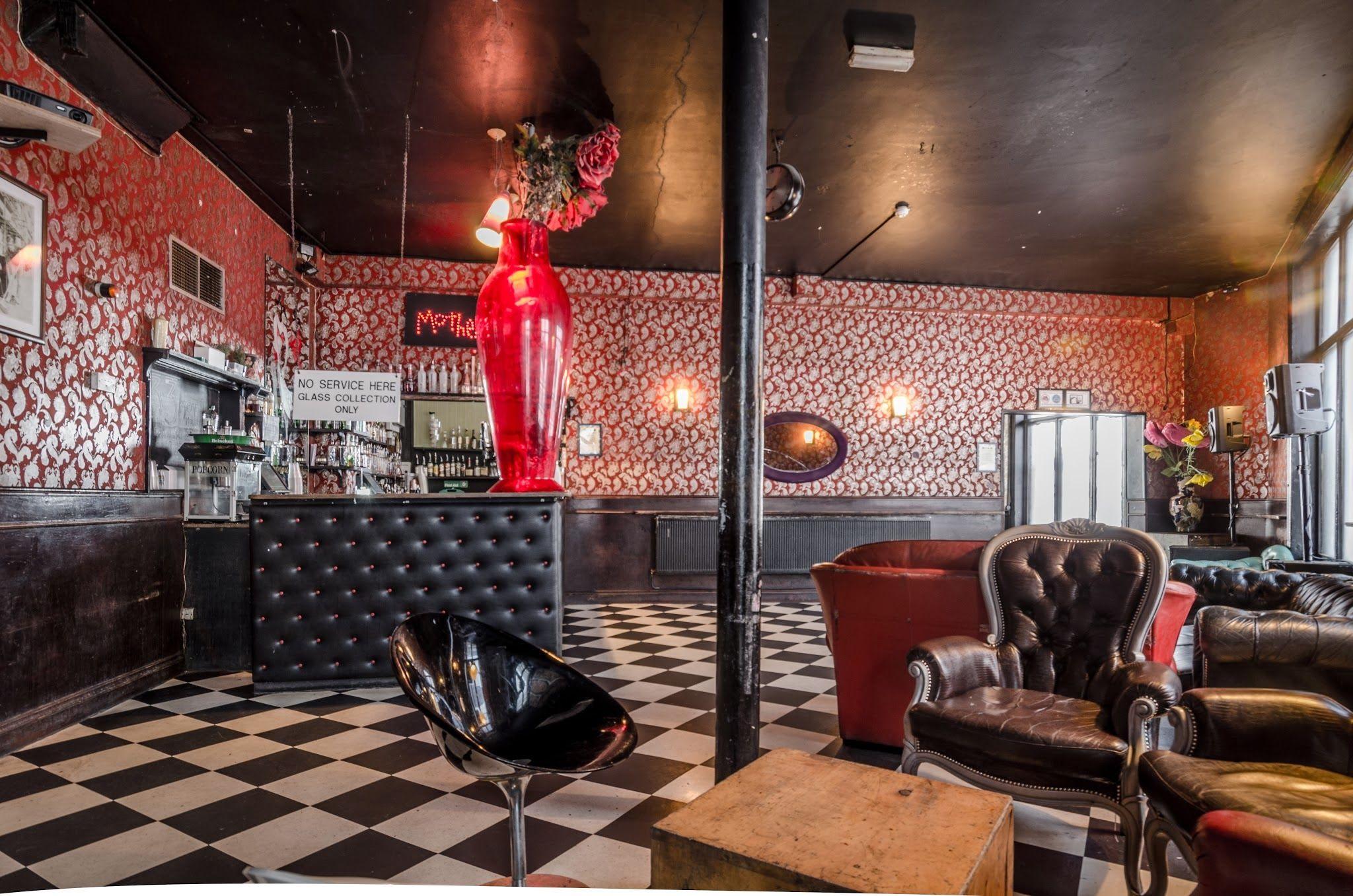 Mother bar (formerly London Apprentice)