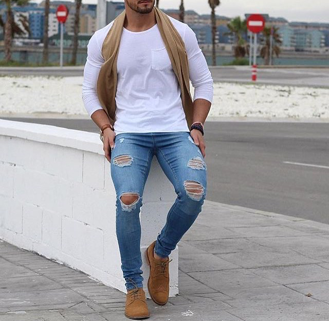 light blue jeans outfit mens
