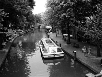 Utrecht's unique canals and wharf cellars