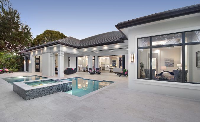 West In s Style Coastal Contemporary Home Design Example