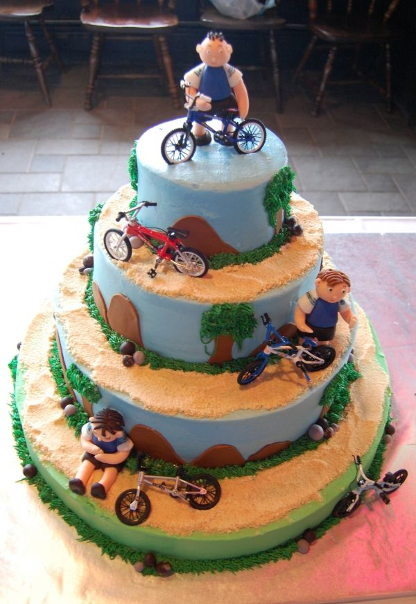 Bike Birthday Cake A Masterpiece Cake Designs Pinterest