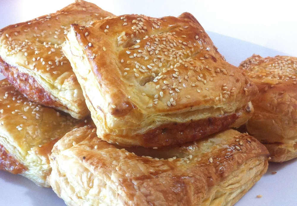 Puff Pastry Parcels recipe stuffed with Caramelised Apples and Pork Sausages - My Greek Dish
