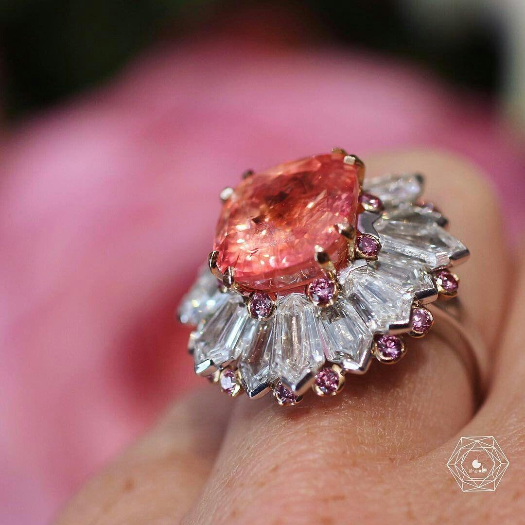 I love #padparadscha and especially this ring by ...