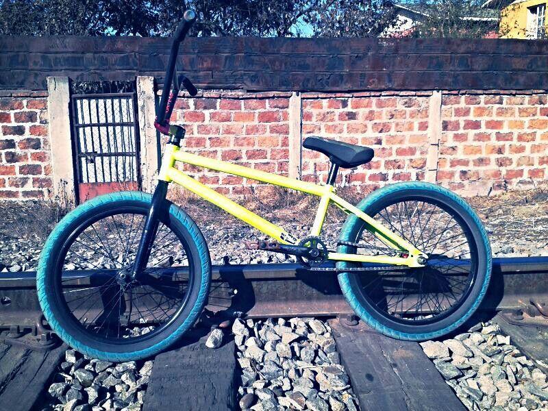 my new custom bike! I love the way it looks!