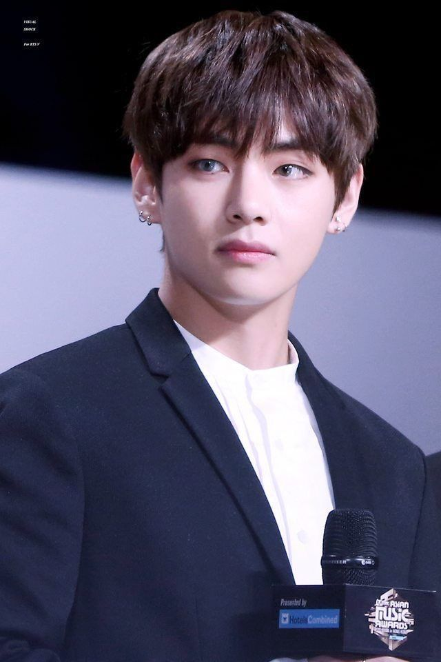 Credit To The Owner Do Not Delete V Taehyung 뷔 태형 얼굴 남자 머리 머리