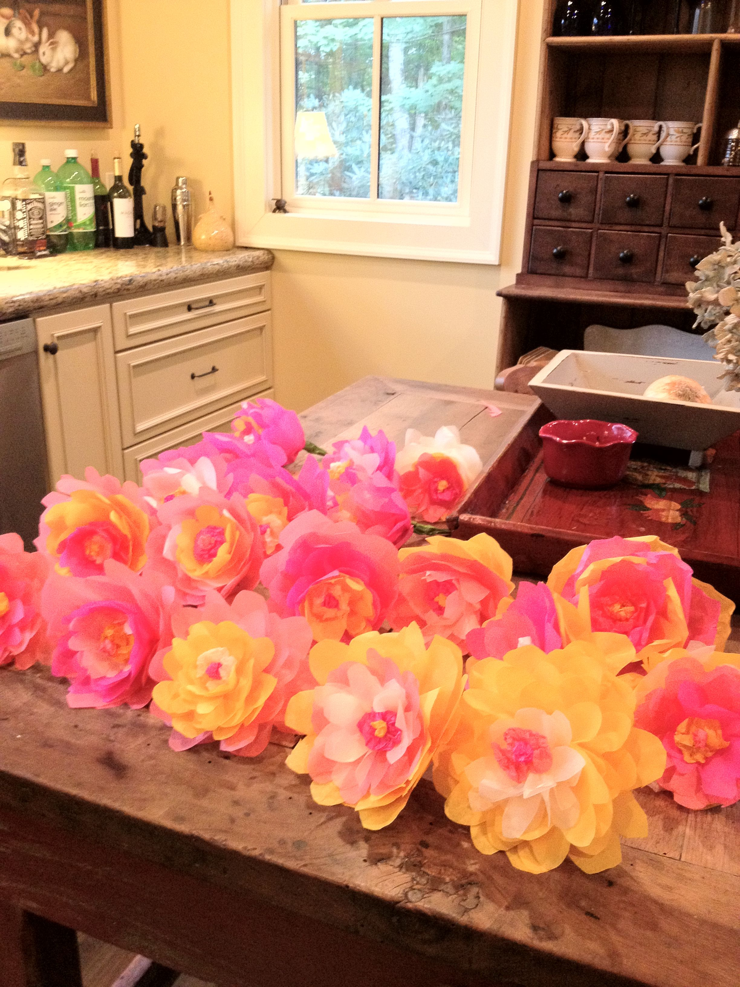 Makin Paper Flowers For The Shop Display Pinterest Paper Flowers