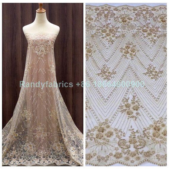 Nuevas lentejuelas de oro sobre malla Beige negro bordado a tela de encaje  hermoso vestido de noche de boda 51 de ancho por yarda 1b5148c4d263