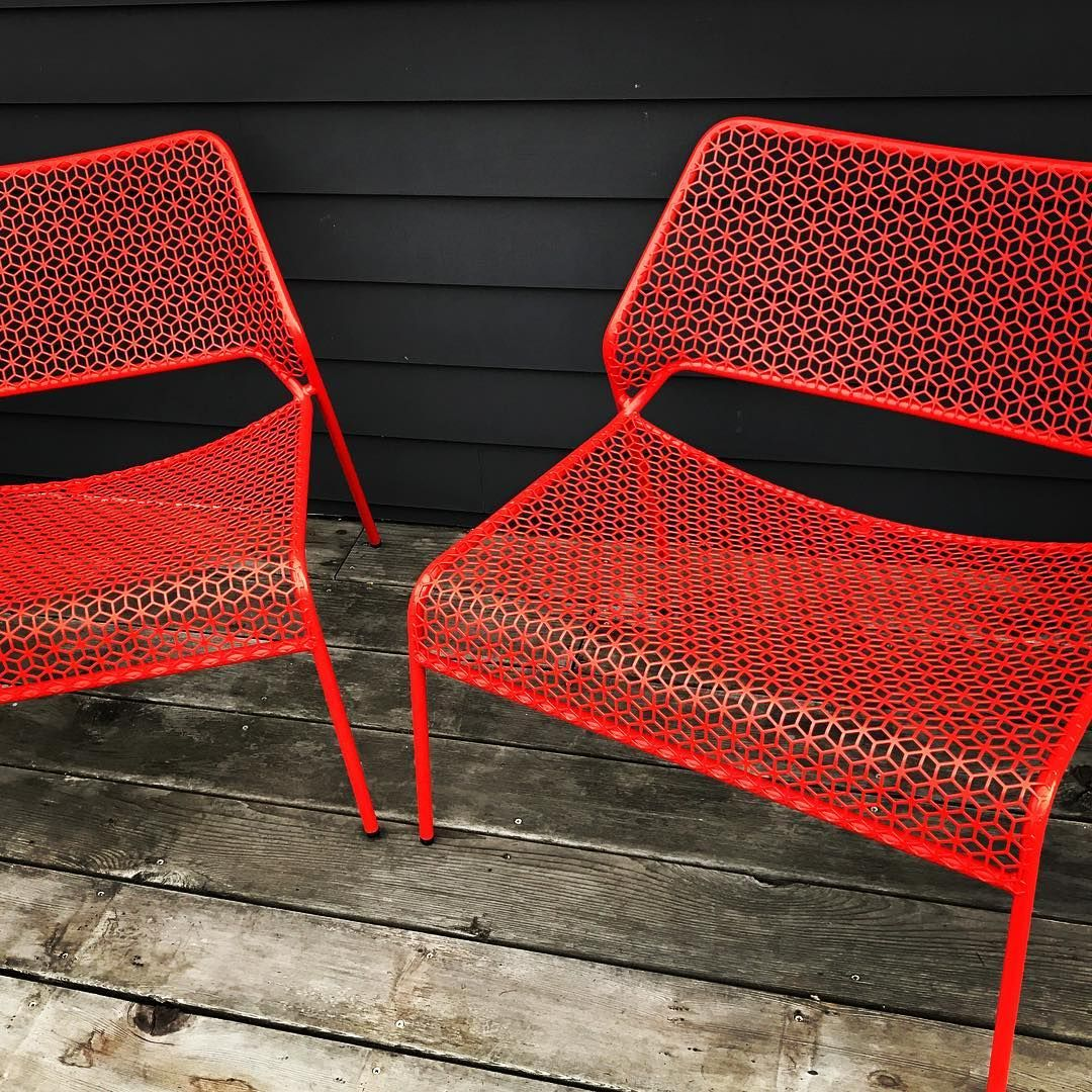 Hot Mesh Lounge Chairs In Humble Red By Blu Dot
