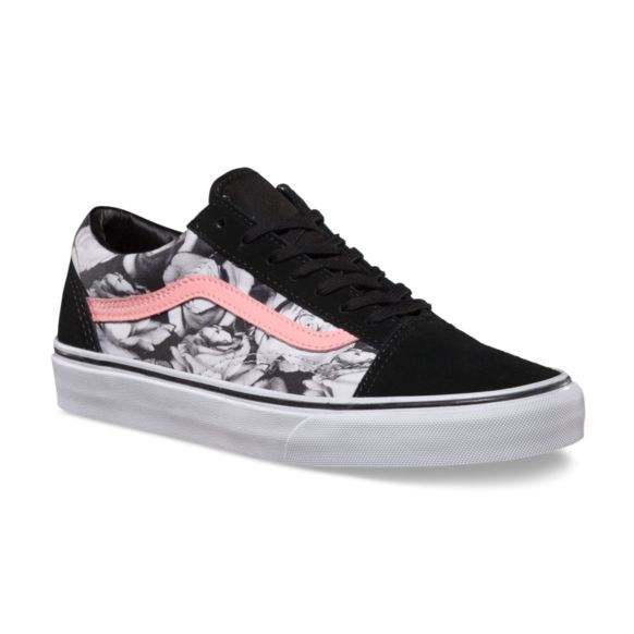 bac646f7fe28 Vans Digi Roses Old Skool - Black True White with a light pink sidestripe