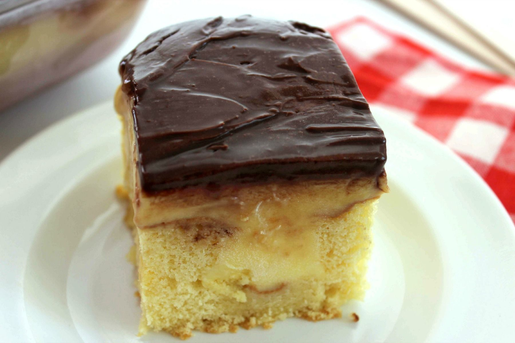 Boston cream poke cake recipe crumb coffee cakes