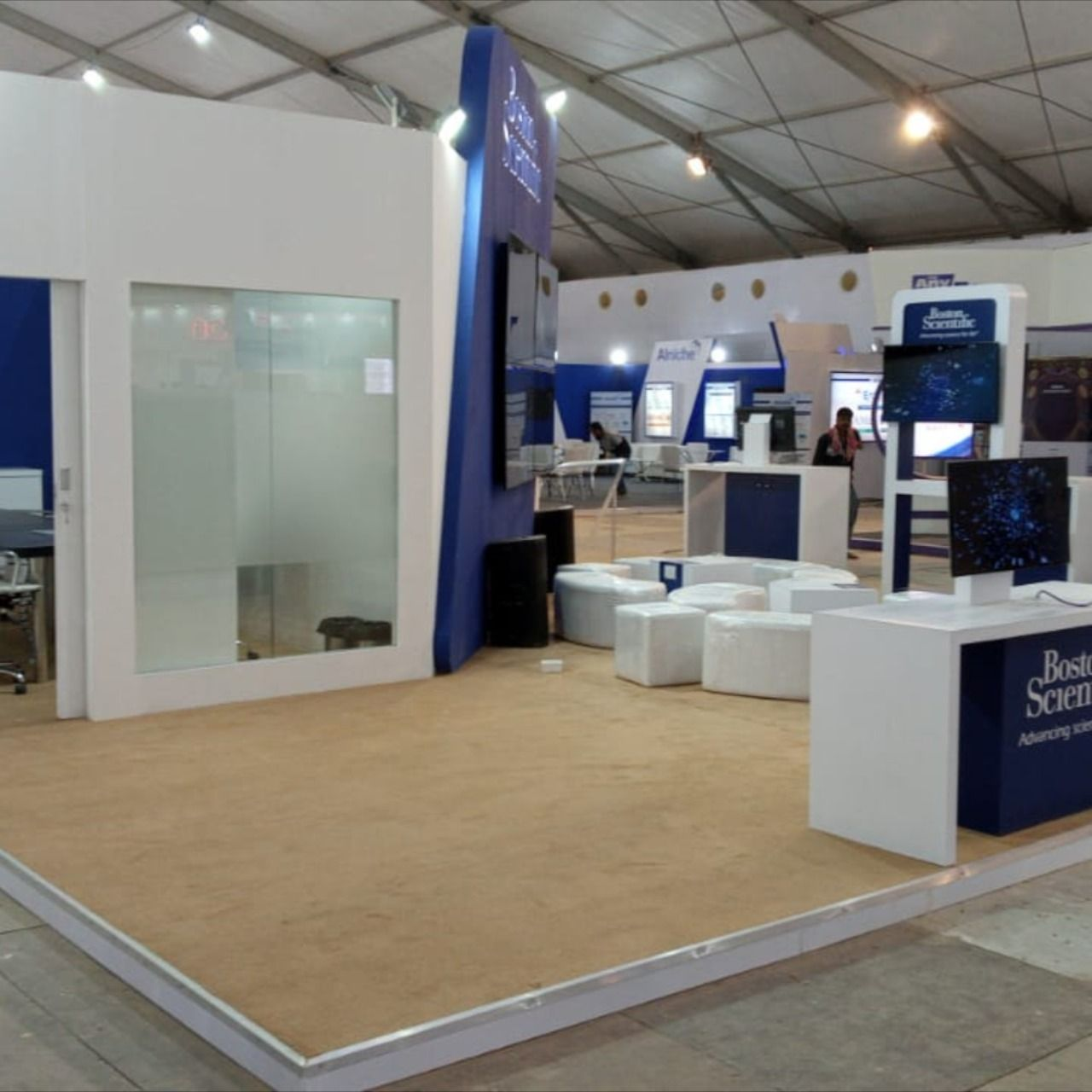 """Here is a throwback to Asia's Largest Gastroenterology Event APDW 2019 which is started today in Kolkata. Let's have a look at what Sconce Global designed and built stand for """"Boston Scientific"""" during APDW 2019. When it comes to design, our goal is simple focus at client's business goal and customer's need.  📌Save The Date 🗓 12th Dec – 15th Dec 2019 📍 Location – Kolkata  #sconceglobal #APDW2019 #exhibitiondesign #creative #innovative #exhibitionstand #boothdesign #event #Bostonscientific"""