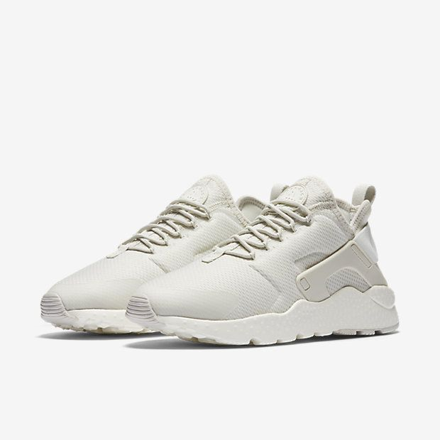 Nike Air Huarache Ultra Women's Shoe