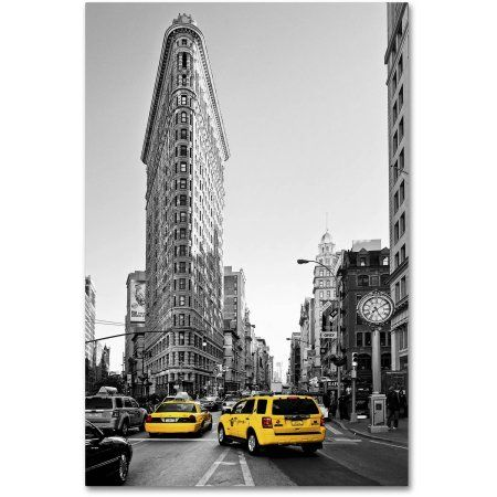 Trademark Fine Art Flatiron Building Nyc Canvas Art by Philippe Hugonnard, Size: 16 x 24, Gray