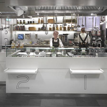 This Is Julia S A Chain Of Fast Food Restaurant In Netherlands Restaurant Kitchen Design Open Kitchen Restaurant Restaurant Kitchen