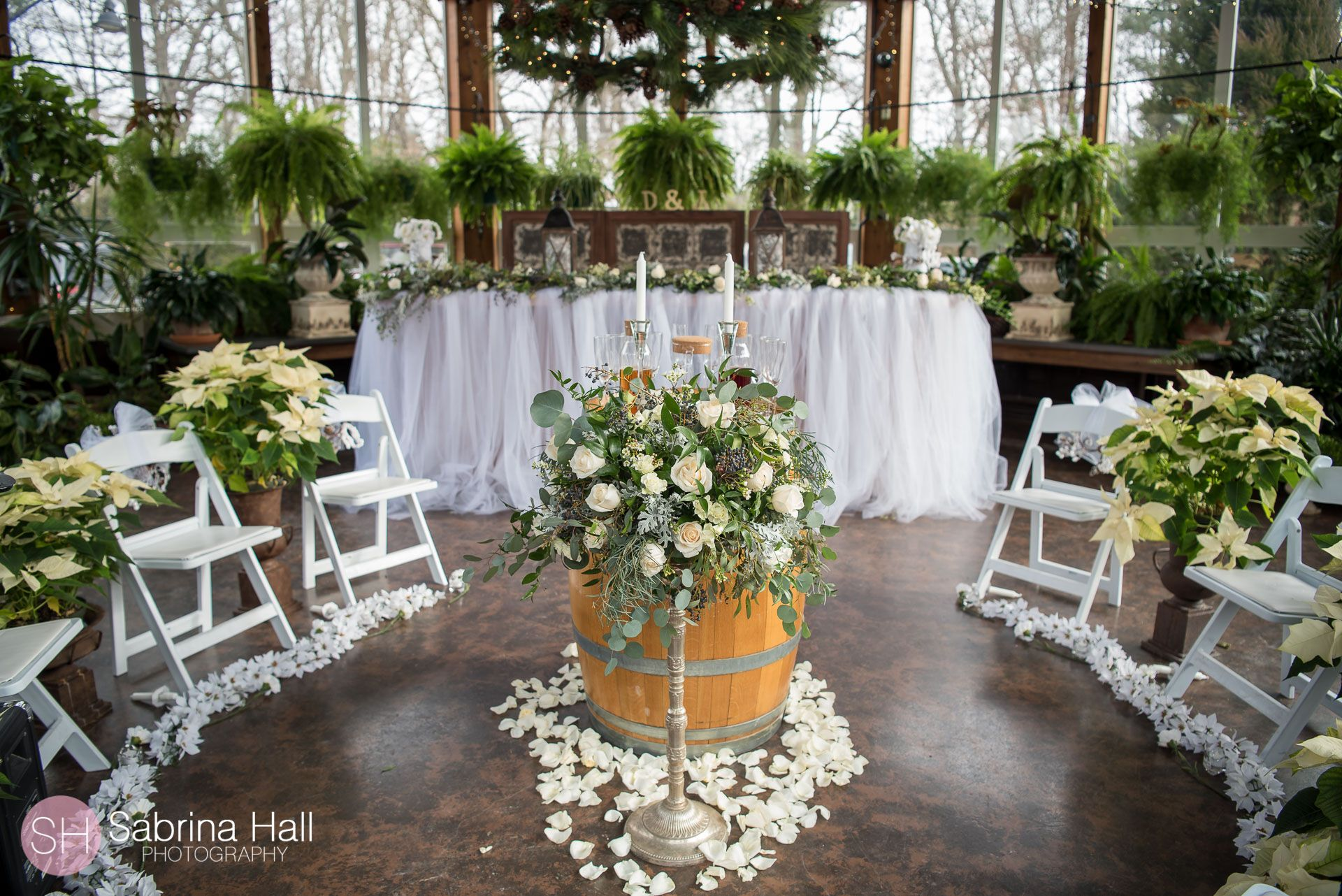 Gervasi Vineyard Winter Wedding Sabrina Hall Photography Canton Ohio Wedding Winter Wedding Smallest Wedding Venue Wedding