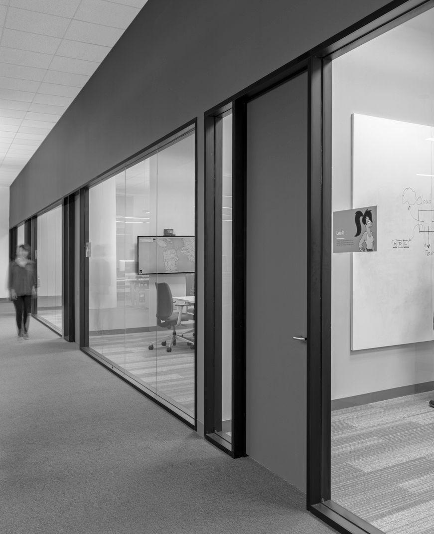 Office interior interior dividers pinterest for Despacho estilo industrial