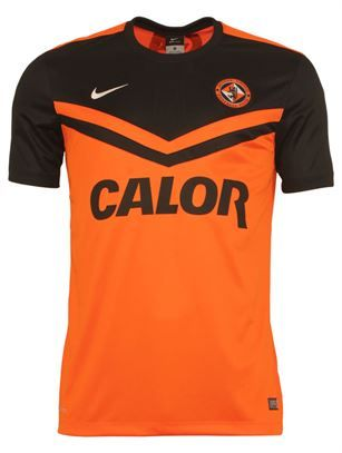pretty nice 69661 a9d55 Dundee United FC 2014 15 Home Kit - Lower two thirds solid orange with  black breast sleeves forming into the orange a negative space, double  chevron ...