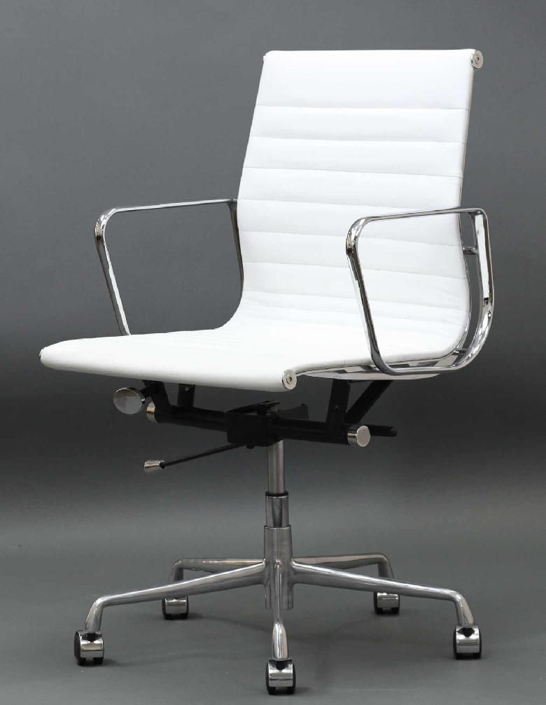 Classic Mid Back Leather Office Chair This Modern Classic Is A Reproduction Of The Famous White Leather Office