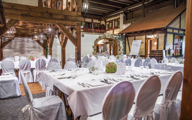 Das Weinstadtle Bietet Wir Das Urige Gefuhl In Einer Schwabischen Kleinstadt Auf Dem Historischen Marktplatz Zu Feiern Traumhochzeit Partyservice Catering