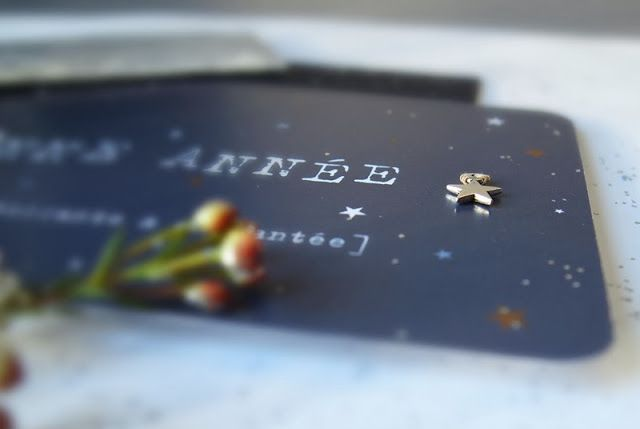 Les étoiles grises: *** Ma Carte de Voeux ... étoilée ... ***http://lesetoilesgrises.blogspot.fr/2013/12/ma-carte-de-voeux-etoilee.html