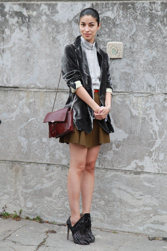 Caroline Issa added a textural look to her outfit with a velvet blazer.