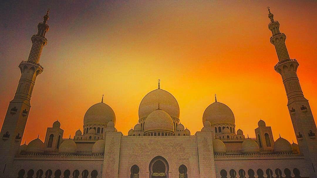 Sheikh Zayed Grand Mosque مسجد الشيخ زايد الكبير Abu Dhabi United Arab Emirates Travel Traveling Instagram Vac Instagram Posts Instagram Taj Mahal