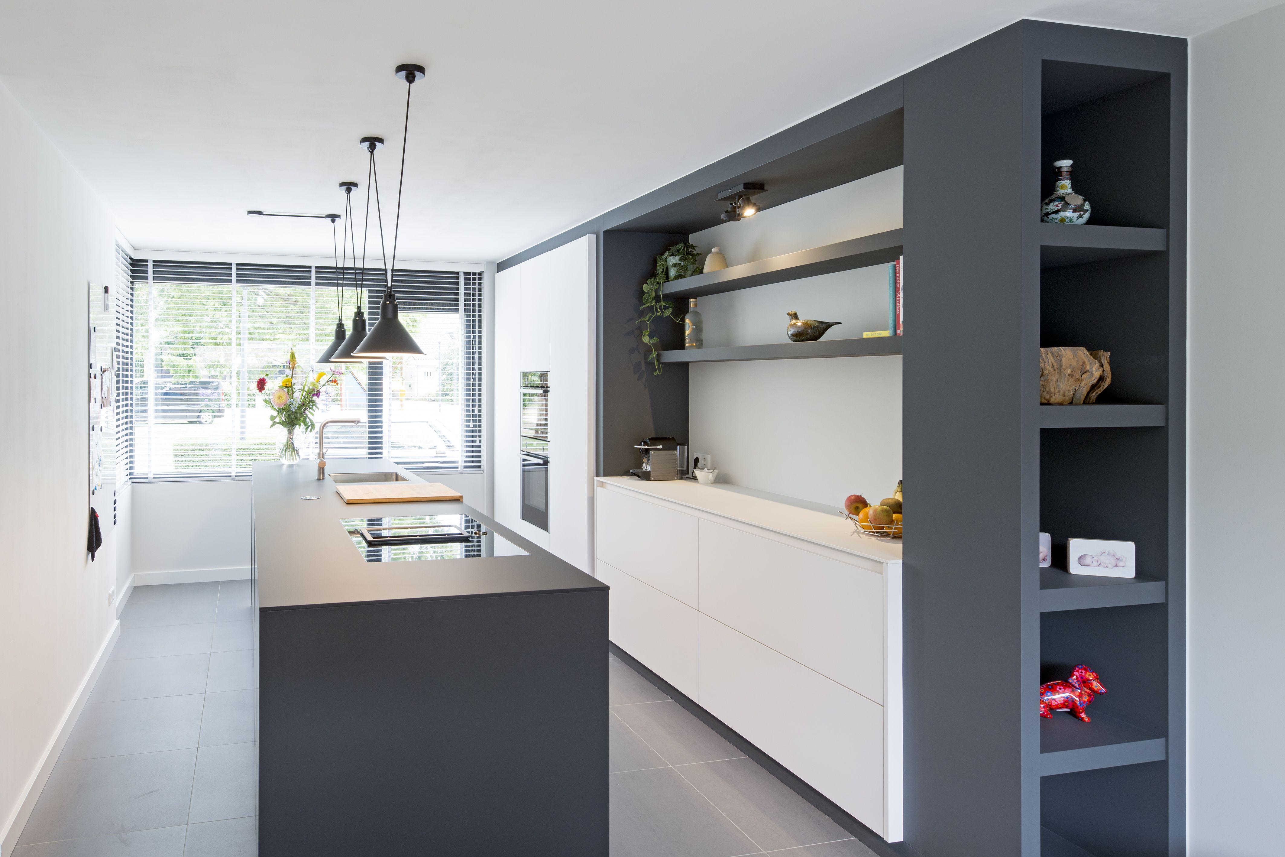 Moderne Zwarte Keuken : Moderne keuken zwarte keuken fenix feniks design keuken