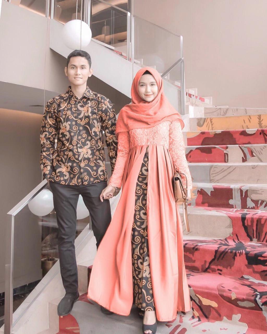 Model Baju Gamis Batik Kombinasi Polos Remaja  Wanita, Model