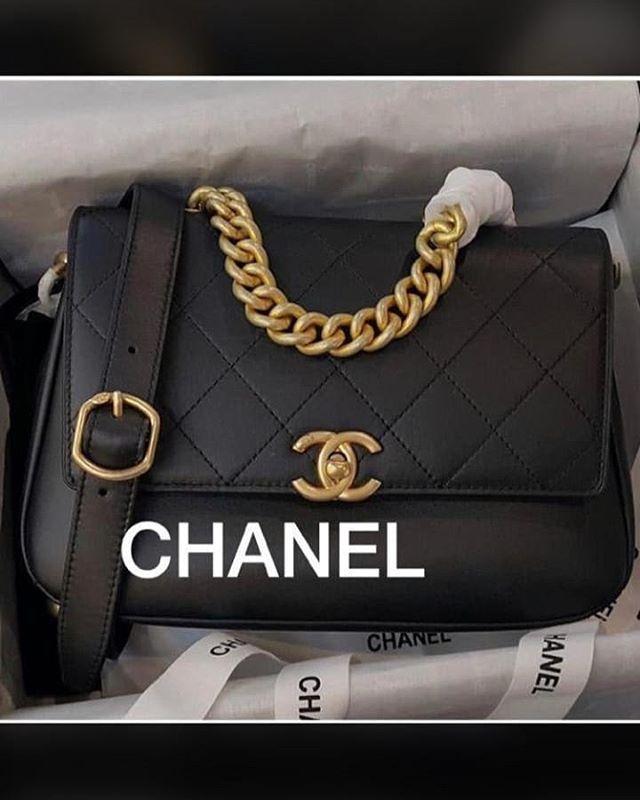 ضيفوها كلكم عندها شنط أصلية جلد طبيعي ممتاز 00971528990740 New Modelss Chanel Boy Bag Shoulder Bag Chanel