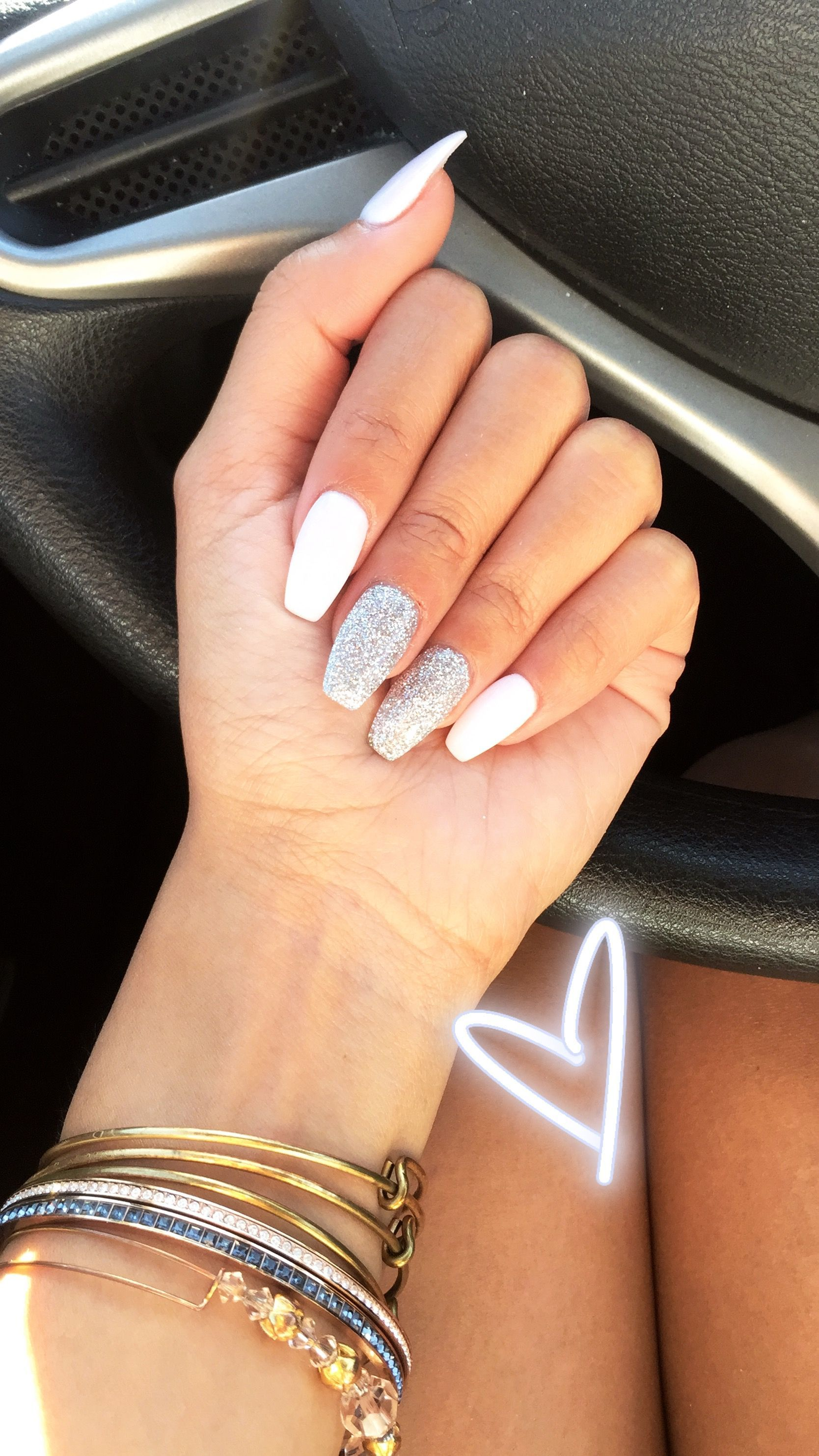 White And Glitter Coffin Dip Powder Acrylic Nails Acrylicnailsideas Winter Nails Acrylic Dipped Nails White Acrylic Nails