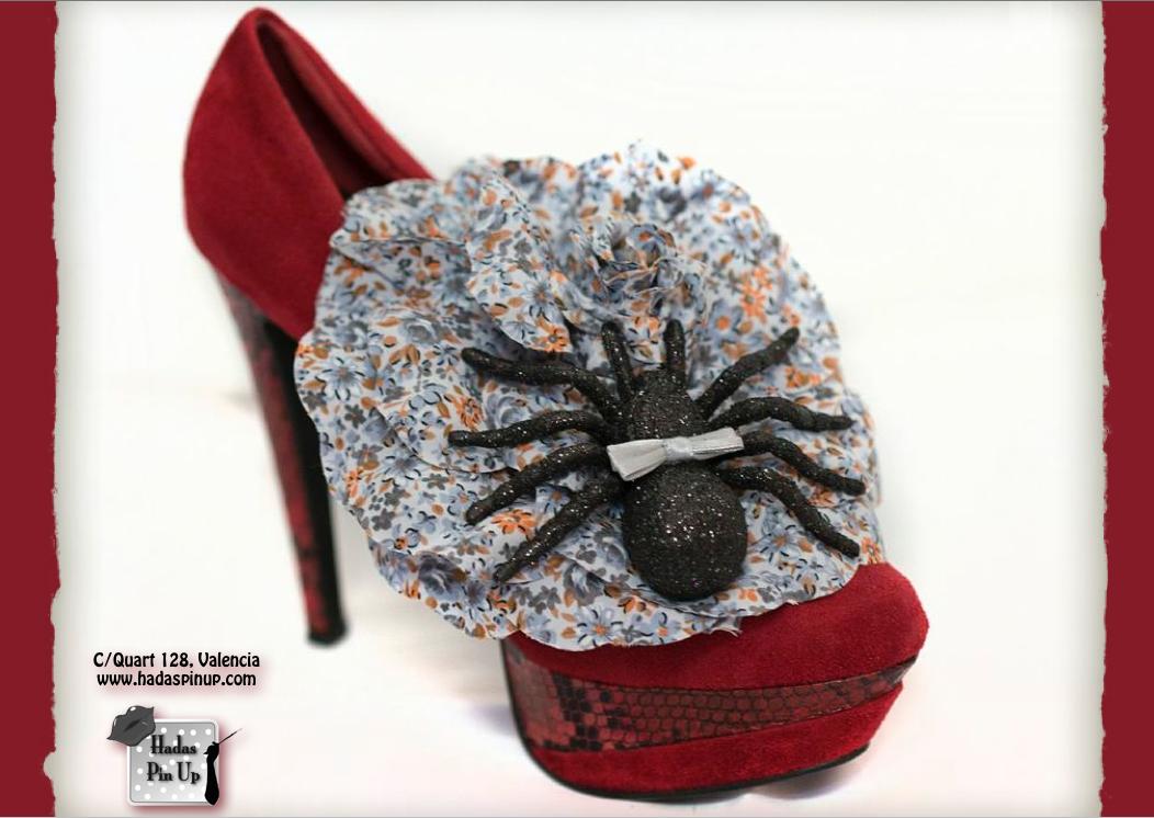 """Complementos Colección """"Skull""""  Diseño exclusivo by Hadas Pin Up. info@hadaspinup.com"""
