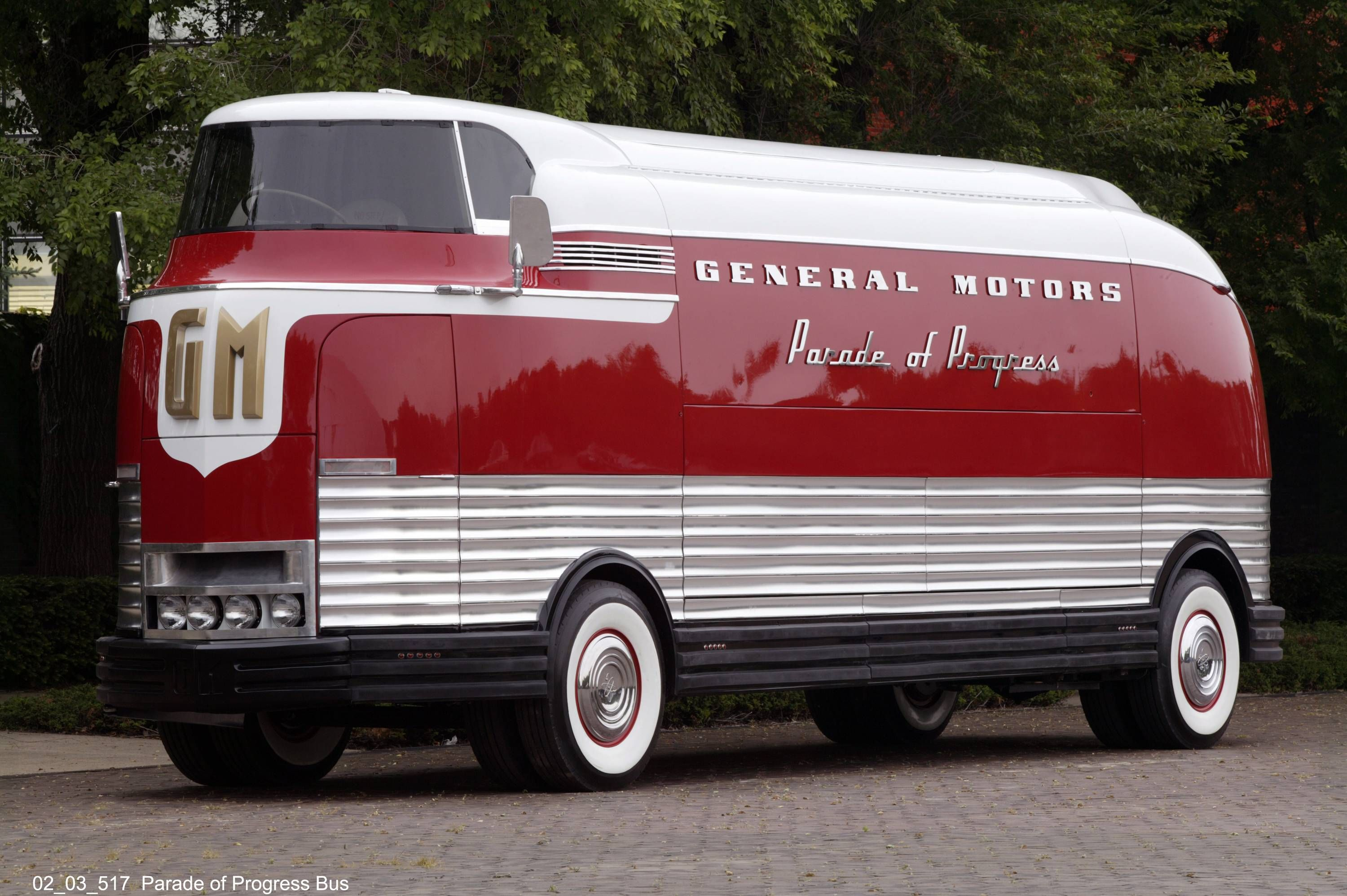 15 ton bus GM made in the 1940's that looks futuristic for