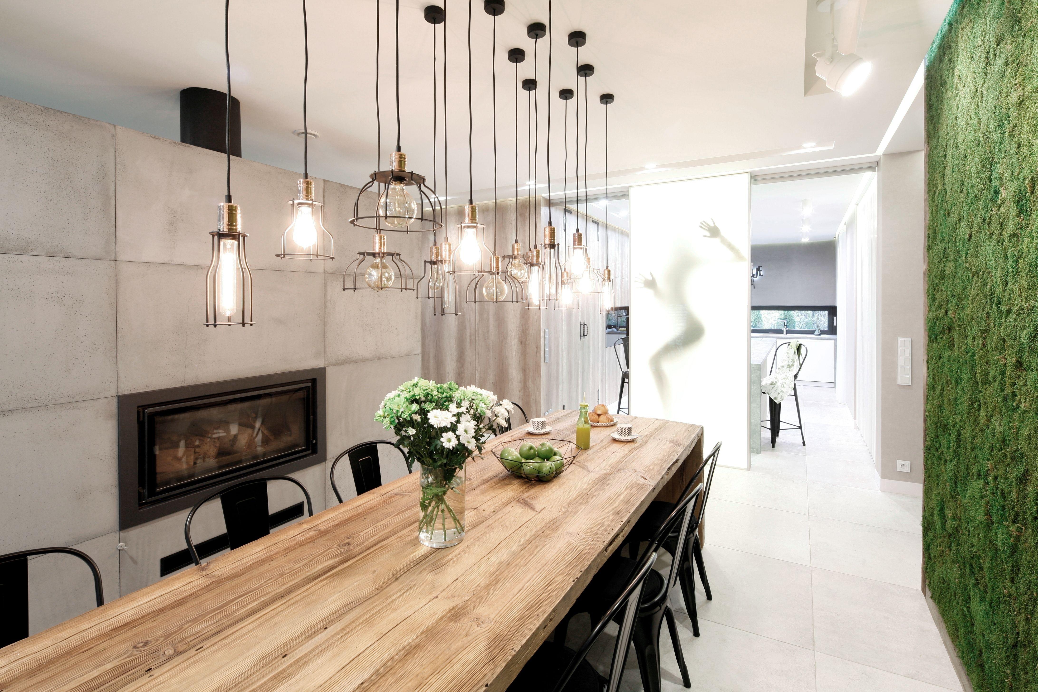 Minimalistyczna Jadalnia W Stylu Loft Sciana Zieleni Home Decor Dining Room Decor Decor