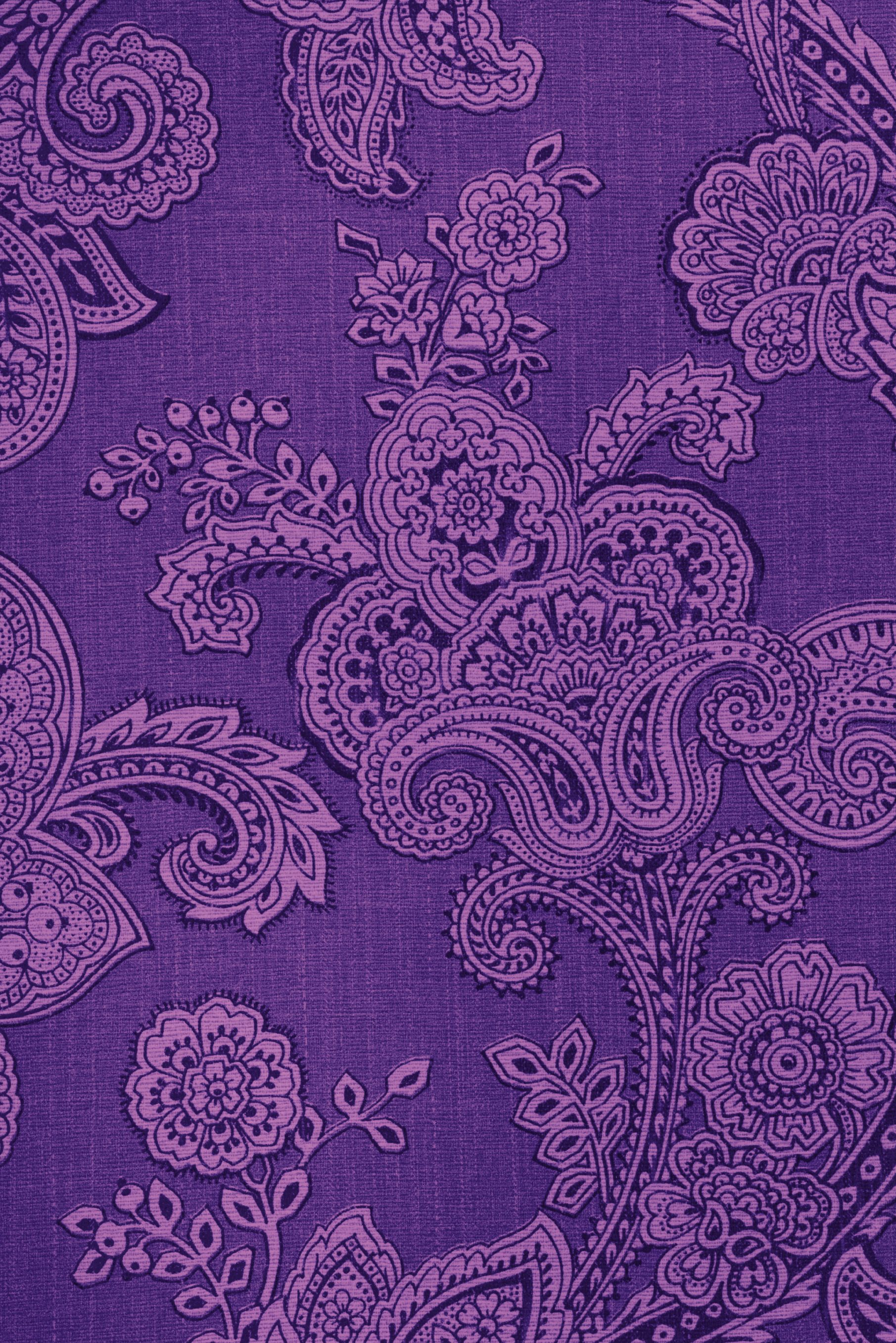 old paisley~ Oh I would just love so much to paper a wall in the