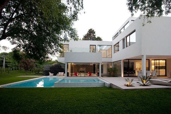 Carrara House by Andres Remy Arquitectos-14