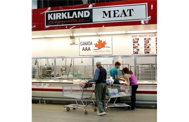 XL Foods workers in Brooks await news as plant's licence pulled; tainted beef recall expands again