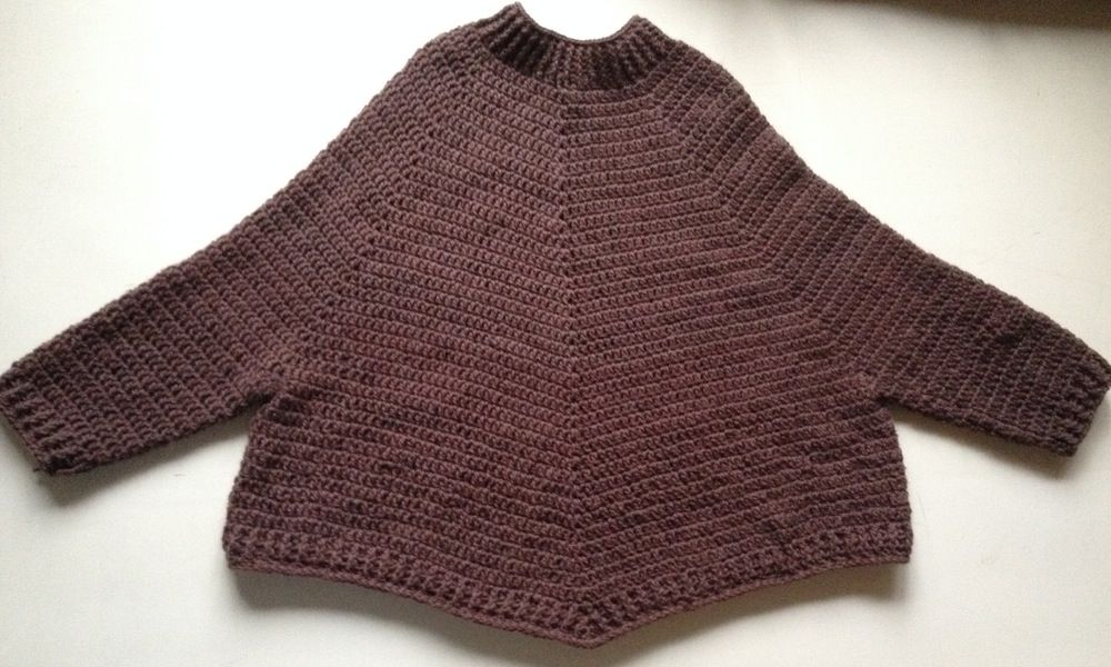 """Image of """"Rie"""" Poncho-sweater, hækleopskrift"""