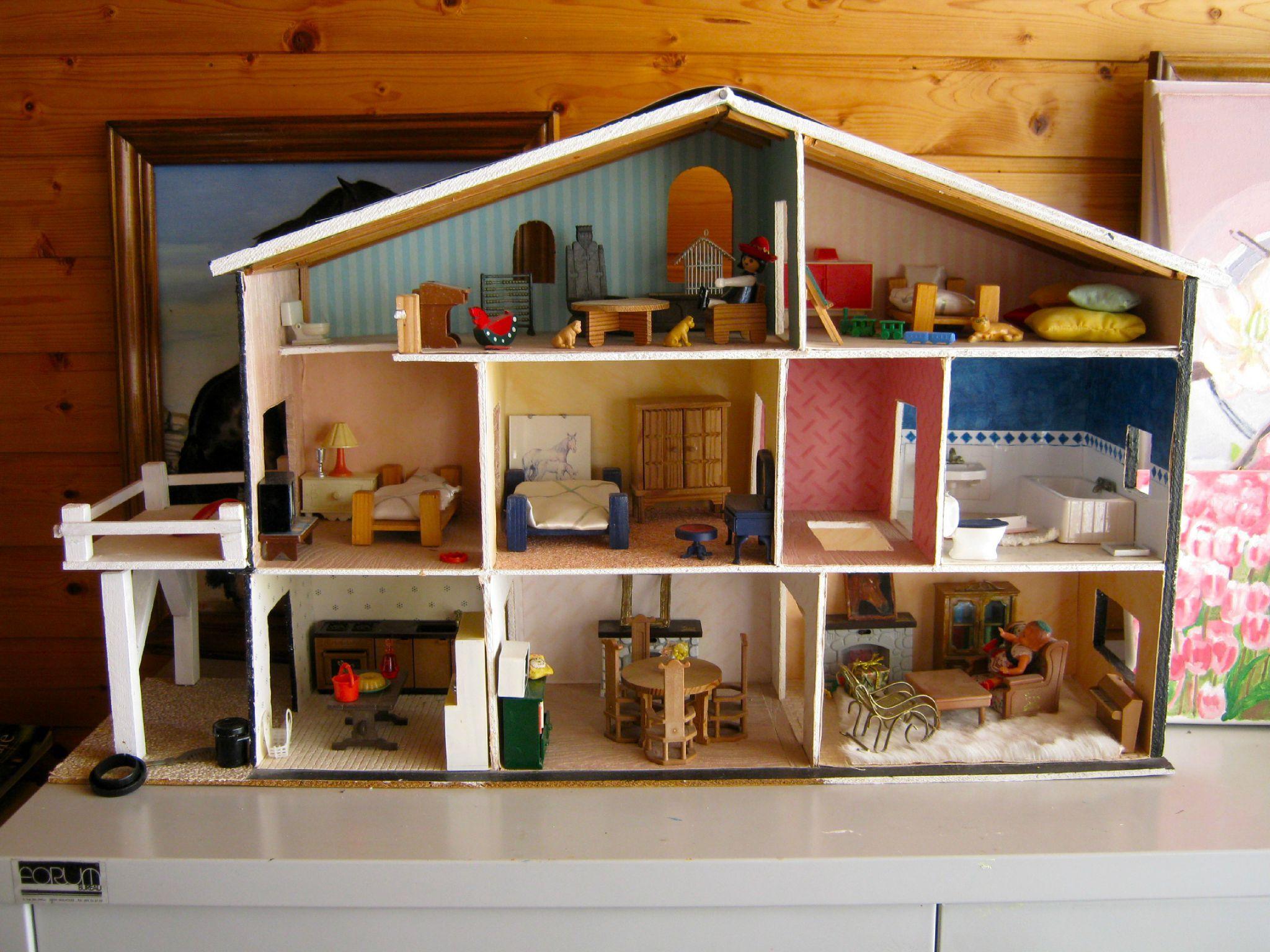 les murs de la salle de bain maison de poup e playmobil et autre bricolages diy pinterest. Black Bedroom Furniture Sets. Home Design Ideas