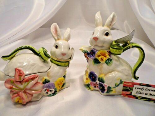 Easter Holiday Porcelain Duck Egg Holder Seasonal Home Decor Fun Gift Very Cute